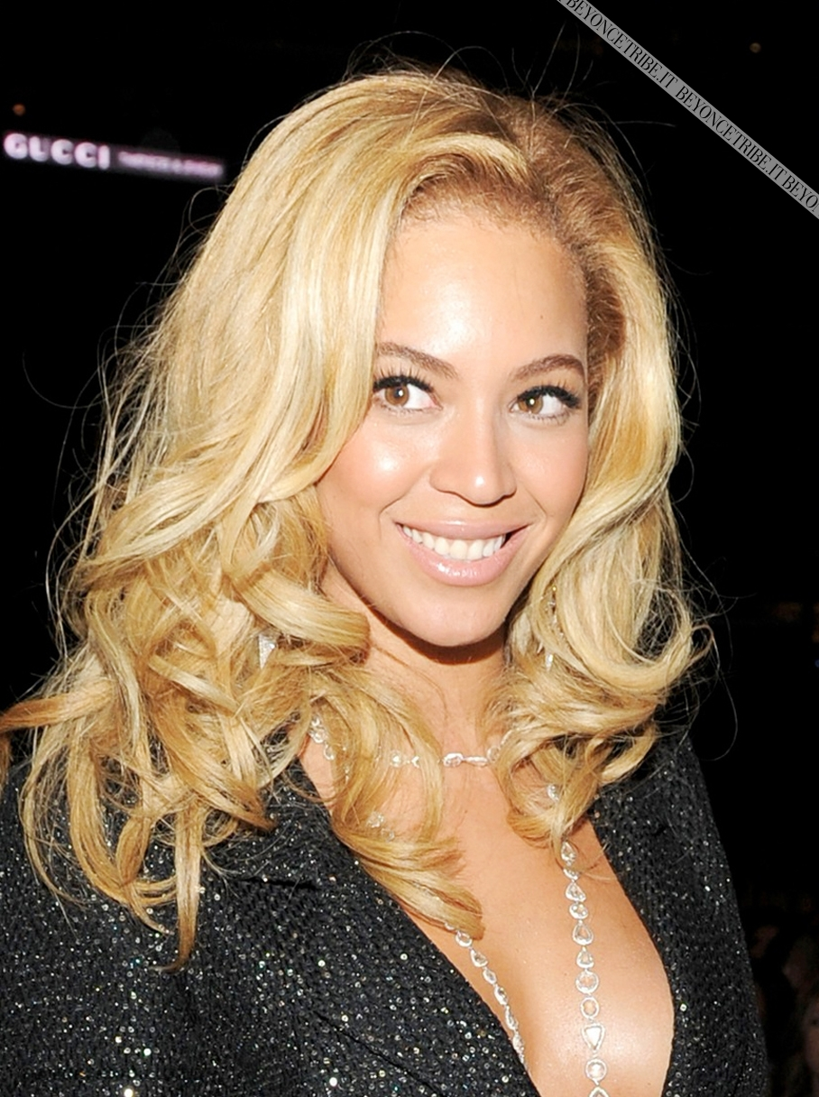 Beyoncé on 53rd Annual GRAMMY Awards 13 Feb 2011