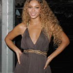 70228-beyonceellen33-122-511lo