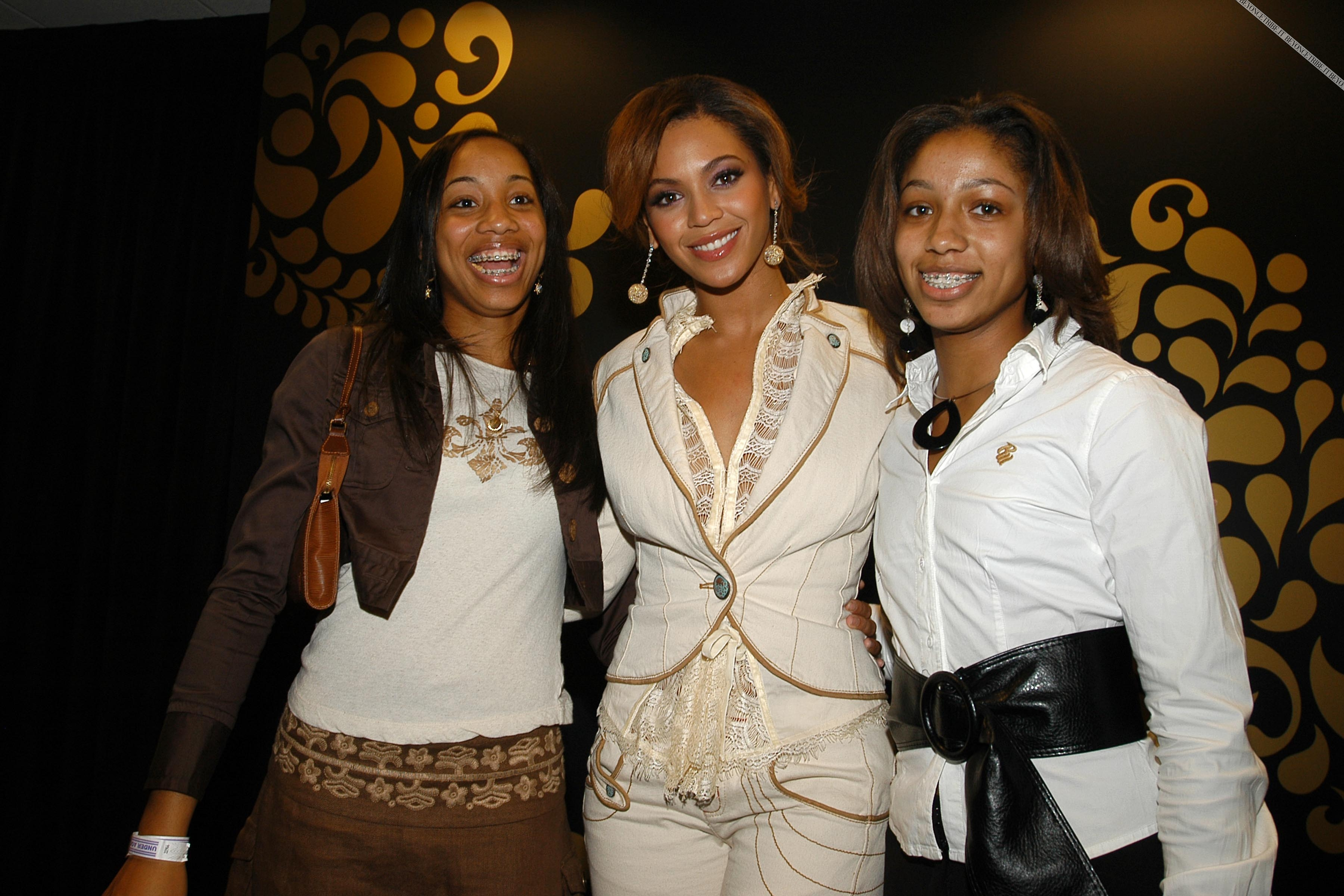 Beyonc Shopping Party hosted by HOUSE OF DEREON 21 Sept 2006  HQ