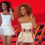 Beyonce_at_XFactor_France_J0001_005