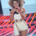 Beyonce_at_XFactor_France_J0001_007