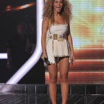 Beyonce_at_XFactor_France_J0001_013
