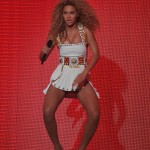 Beyonce_at_XFactor_France_J0001_015