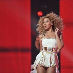 Beyonce_at_XFactor_France_J0001_018