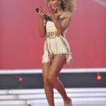 Beyonce_at_XFactor_France_J0001_019