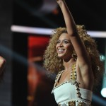 Beyonce_at_XFactor_France_J0001_026