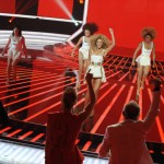Beyonce_at_XFactor_France_J0001_033