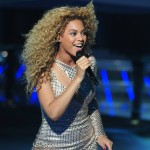 Beyonce_at_XFactor_France_J0001_037