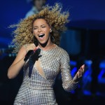 Beyonce_at_XFactor_France_J0001_038