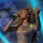 Beyonce_at_XFactor_France_J0001_044