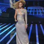 Beyonce_at_XFactor_France_J0001_054