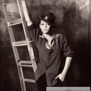 Beyonc Photoshoots by Tom Munro Vogue Italy 2009