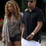 beyonce-knowles-braless-candids-in-italy-02-2200x2827