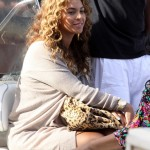 beyonce-knowles-braless-candids-in-italy-08-2200x2751