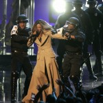 Singer Beyonce performs at the 2006 MTV Video Music Awards in New York