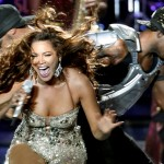 02949-celebThe Beyoncé Experience in Mumbai India 27 oct 2007utopia-beyonce-knowles-performs-in-mumb