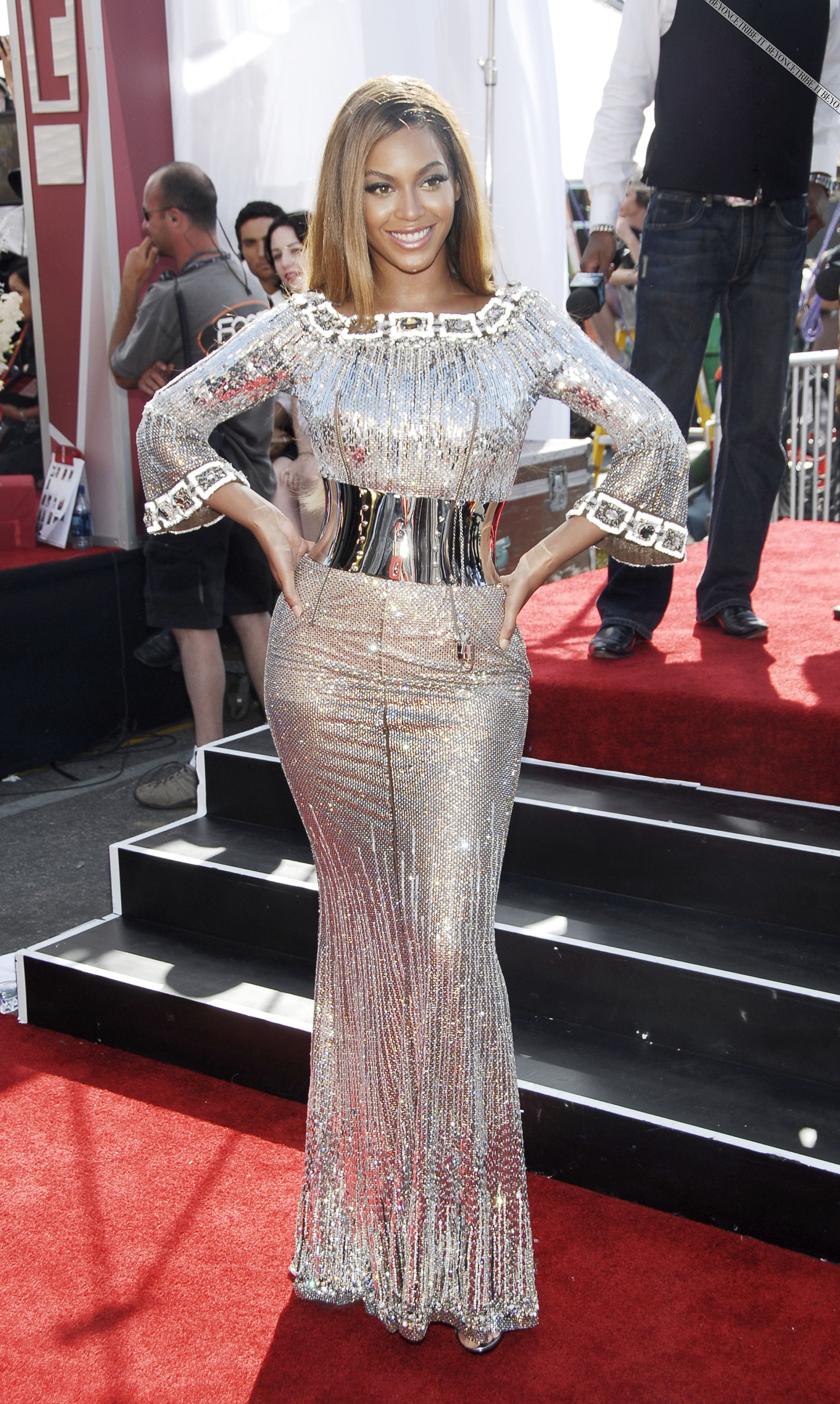 Beyoncé on BET Awards live in Los Angeles 27 Jun 2007