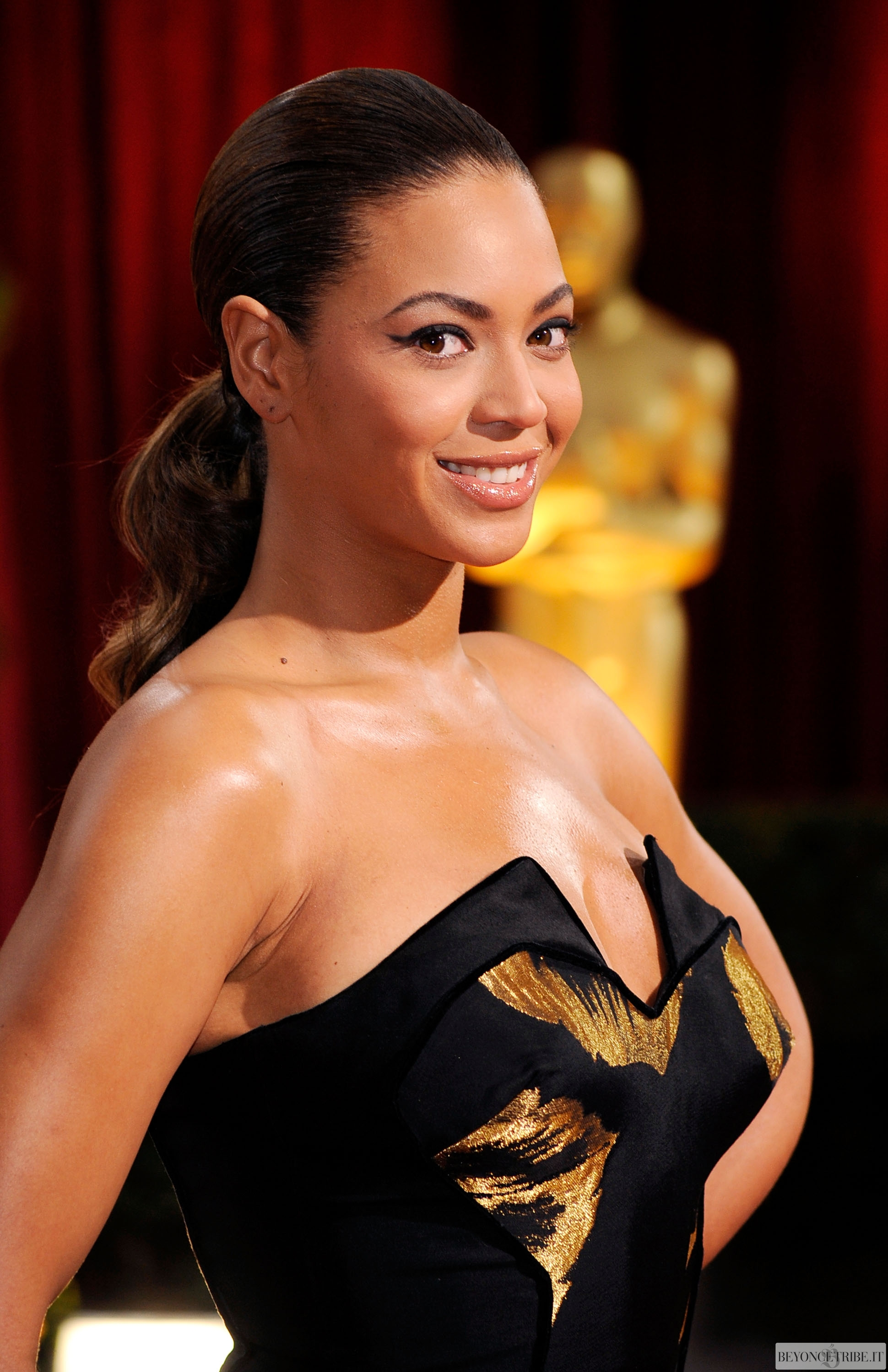 Beyoncé on The 81st Annual Academy Awards 22 FEB 2009