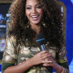 Beyoncé on MTV TRL  28 Feb 2007 HQ