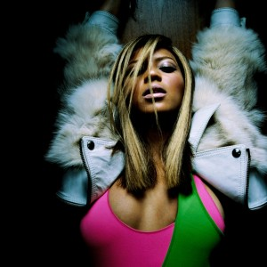 Beyoncé photoshoot by Patrick Hoelck  2003 HQ