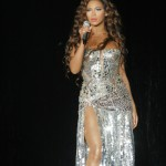 beyonceknowlesinconcertatthetr-11