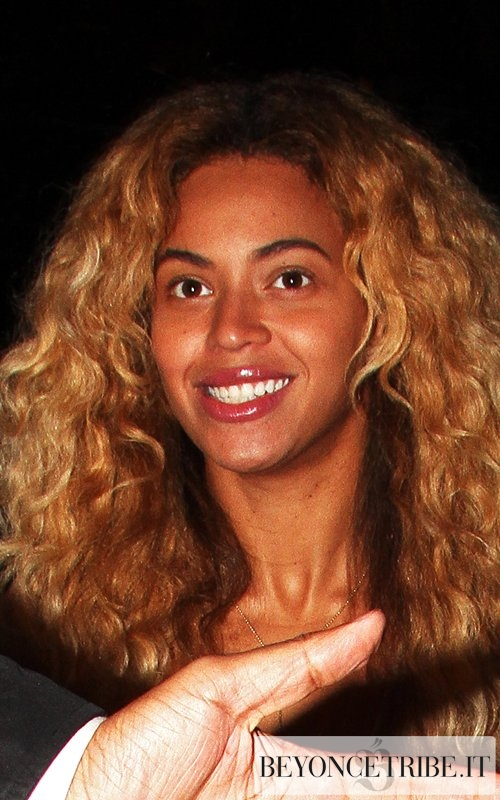 Beyoncé arrives on private party in New York City 25 apr 2012