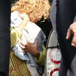 Beyonc &amp; Blue Ivy spotted at Le Bourget Airport In Paris 8 june 2012
