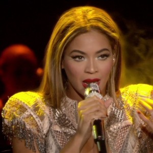 Beyoncé performs live at Wynn Las Vegas July:Aug 2009.