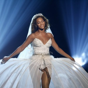 Beyoncé Performing on BET Awards - Los Angeles 28 June 2009 HQ