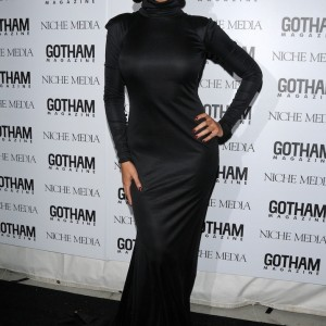 Beyoncé attends the Gotham Magazine's annual gala NY 18 nov 2008 HQ