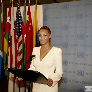Beyoncé at United Nations - The Un General Assemblay Hall 10 aug 2012 HQ