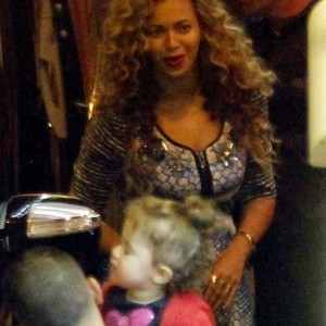 Beyoncé and Jay-Z dined at The Michelangelo Restaurant in Antibes, France  04 sept 2012
