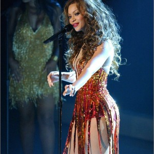 Beyonce performance at Kennedy Center Honors - Tina Turner Tribute 4 Dec 2005
