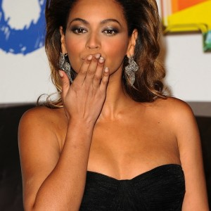 Beyoncé at the 40 Principales Awards 2008 Madrid-Spain 12 Dec 2008 HQ