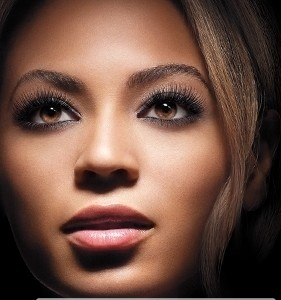 Beyoncé AD L'Oreal Double Extend Eye Illuminator Mascara