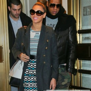 Beyonc &amp; Jay-Z Christmas Shopping in NYC 24 December 2012-3