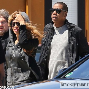 11Beyoncé and Jay-Z spotted on a Yacht in the South of France 20 may 2013