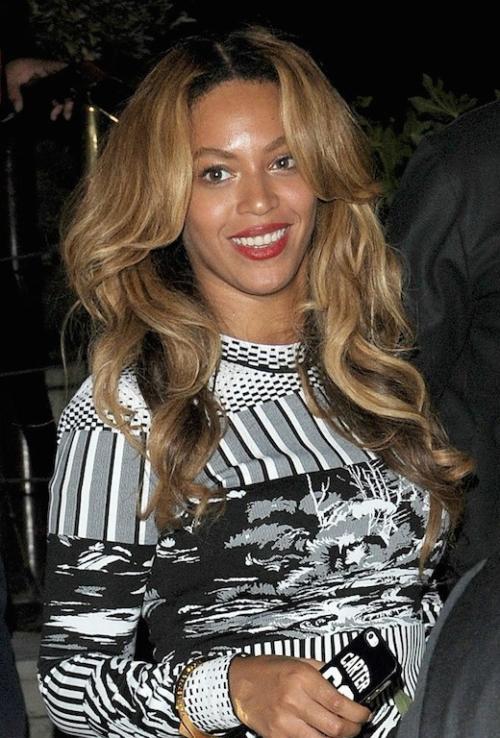 1banner candids Beyoncé Paris 15 sept 2014