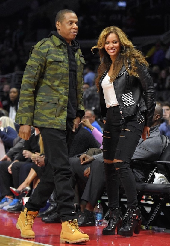 1Banner-Beyoncé & Jay Z at the game Brooklyn Nets and the Los Angeles Clippers in Los Angeles - 22 jan 2015