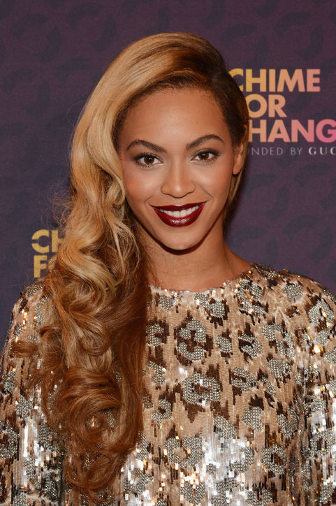 beyonce-dark-lipstick-chime-for-change-h724