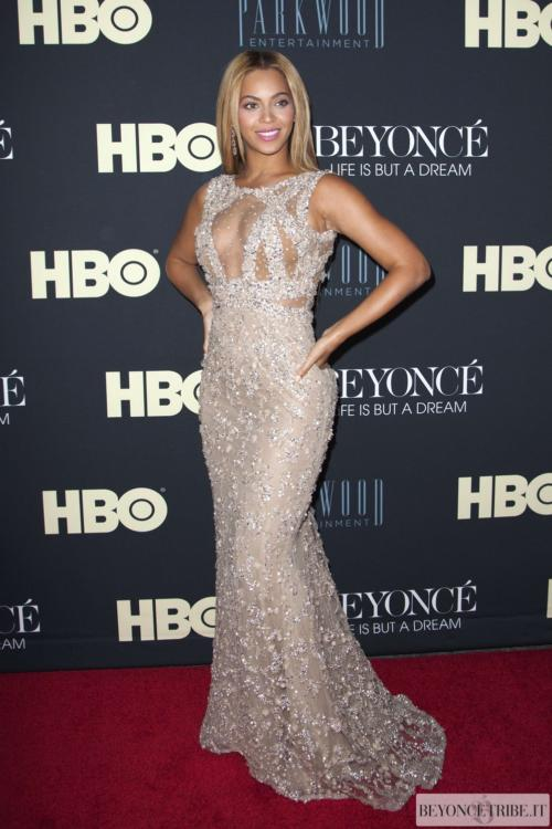 05beyonce-document998at