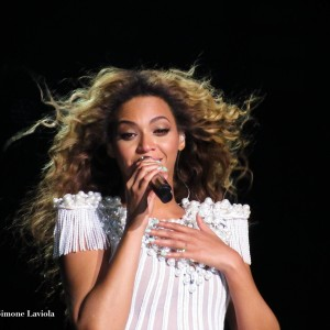 <br /> <b>Warning</b>:  Illegal string offset 'alt' in <b>/web/htdocs/www.beyoncetribe.it/home/wp-content/themes/lemonade/content.php</b> on line <b>66</b><br /> M